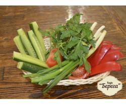 Сезонные овощи с зеленью