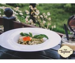 Паста с базиликом и лососем
